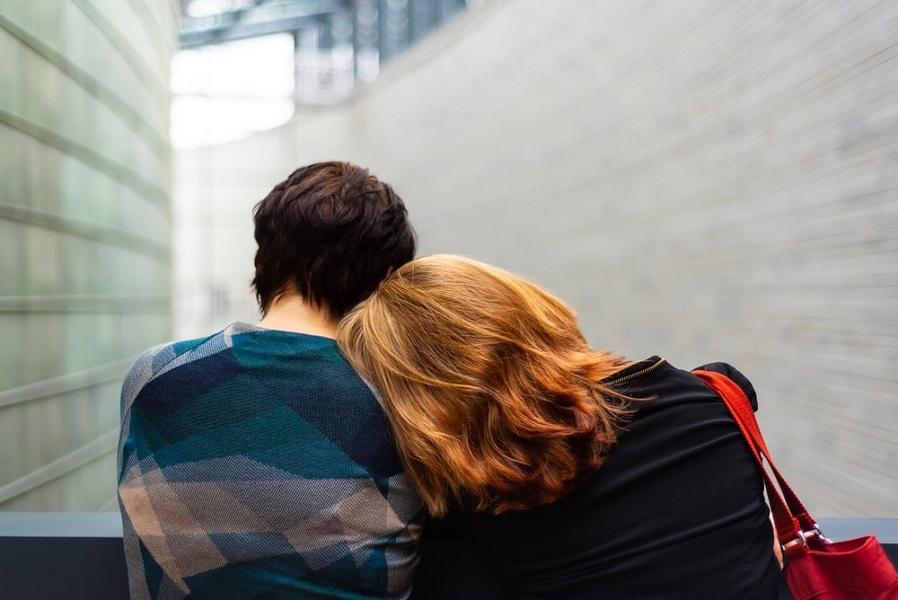 Cara Mendekati Cowok Cuek, Bisa Buat Si Doi Luluh Seketika
